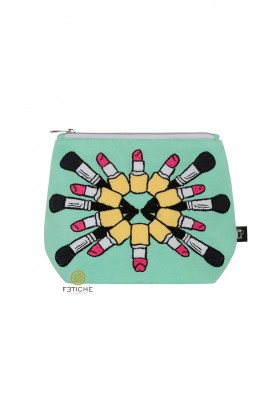 LOADS  OF LIPSTICK GREEN MAKE UP BAG
