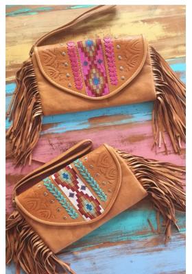 Bangalow Leather Clutch - MAHIYA EXCLUSIVE